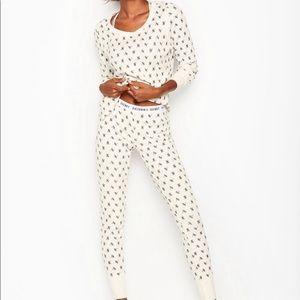 Vs thermal pajamas
